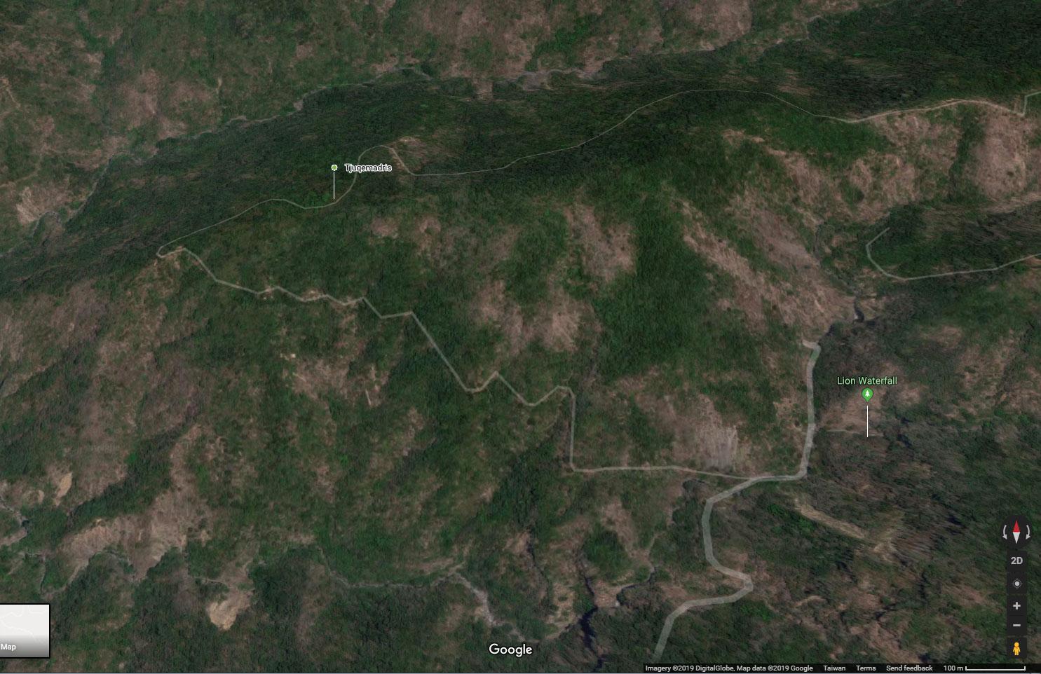 Google map screenshot of Tjuqemadris and road winding around it